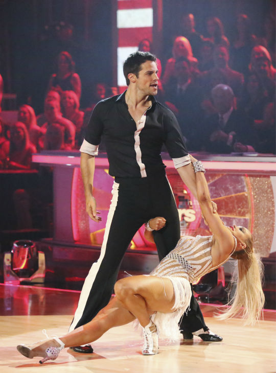 "<div class=""meta image-caption""><div class=""origin-logo origin-image ""><span></span></div><span class=""caption-text"">Brant Daugherty and Peta Murgatroyd dance the Cha Cha Cha on week one of 'Dancing With The Stars' on Sept. 16, 2013. They received 22 out of 30 points from the judges. (ABC Photo / Adam Taylor)</span></div>"