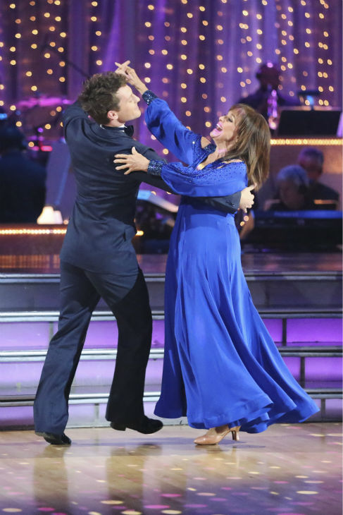 Valerie Harper and Tristan MacManus dance the Foxtrot on week one of &#39;Dancing With The Stars&#39; on Sept. 16, 2013. They received 21 out of 30 points from the judges. <span class=meta>(ABC Photo &#47; Adam Taylor)</span>