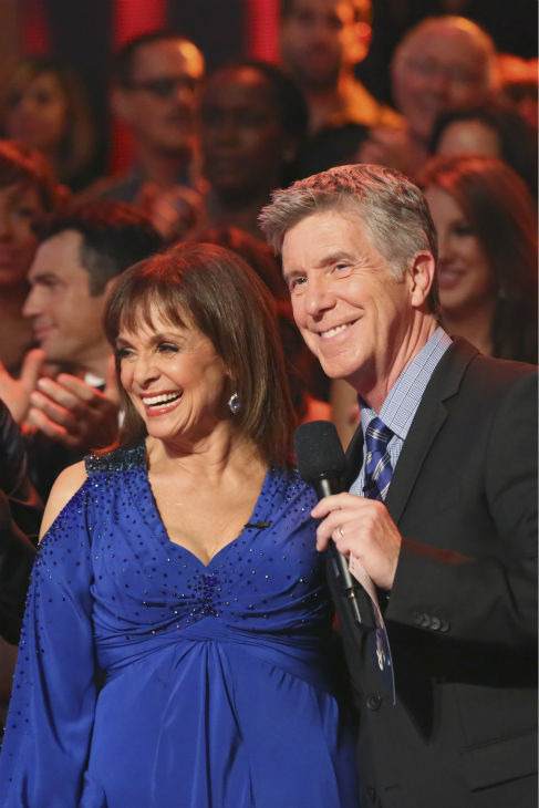 Valerie Harper and Tristan MacManus &#40;not pictured&#41; danced the Foxtrot on week one of &#39;Dancing With The Stars&#39; on Sept. 16, 2013. They received 21 out of 30 points from the judges. Also pictured: Co-host Tom Bergereon. <span class=meta>(ABC Photo &#47; Adam Taylor)</span>