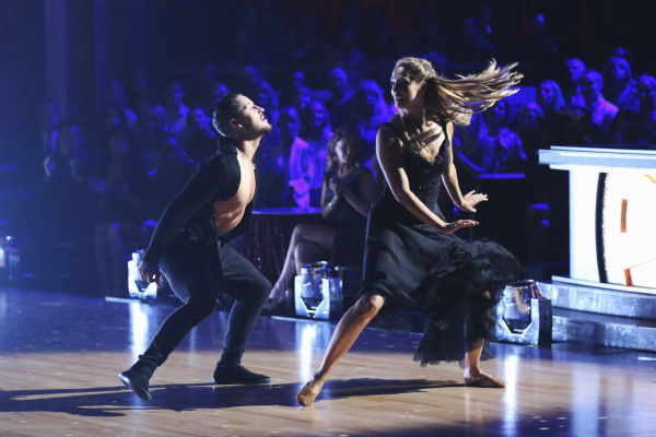 Elizabeth Berkley and Val Chmerkovskiy dance the Contemporary on week one of 'Dancing With The Stars' on Sept. 16, 2013.