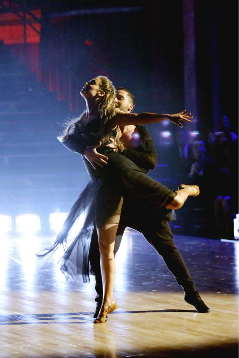 "<div class=""meta image-caption""><div class=""origin-logo origin-image ""><span></span></div><span class=""caption-text"">Elizabeth Berkley and Val Chmerkovskiy dance the Contemporary on week one of 'Dancing With The Stars' on Sept. 16, 2013. They received 24 out of 30 points from the judges. (ABC Photo / Adam Taylor)</span></div>"