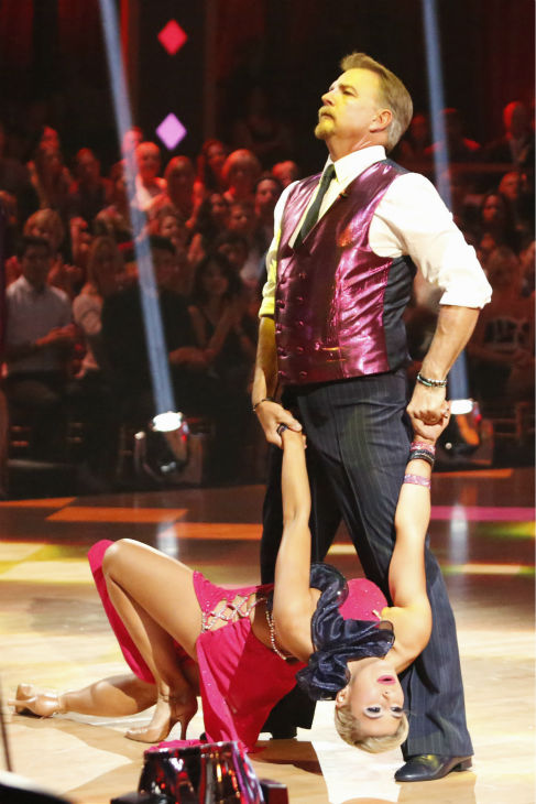Bill Engvall and Emma Slater dance the Foxtrot on week one of &#39;Dancing With The Stars&#39; on Sept. 16, 2013. They received 18 out of 30 points from the judges. <span class=meta>(ABC Photo &#47; Kelsey McNeal)</span>