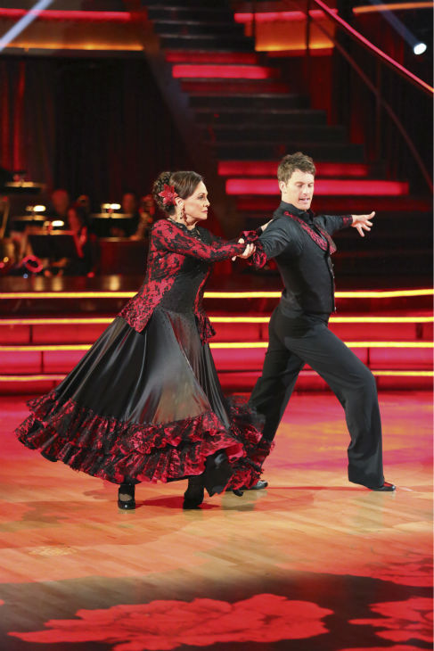 "<div class=""meta ""><span class=""caption-text "">Valerie Harper and Tristan MacManus dance the Paso Doble on week 2 of 'Dancing With The Stars' on Sept. 23, 2013. They received 19 out of 30 points from the judges. (ABC Photo / Adam Taylor)</span></div>"