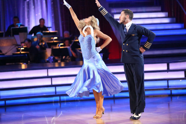 "<div class=""meta ""><span class=""caption-text "">Elizabeth Berkley and Val Chmerkovskiy dance the Foxtrot on week three of 'Dancing With The Stars' on Sept. 30, 2013. They received 25 out of 30 points from the judges. (ABC Photo / Adam Taylor)</span></div>"