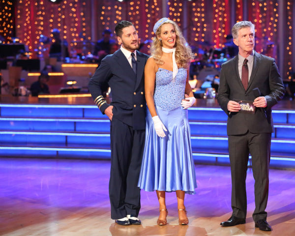"<div class=""meta ""><span class=""caption-text "">Elizabeth Berkley and Val Chmerkovskiy await their fate on week three of 'Dancing With The Stars' on Sept. 30, 2013. They received 25 out of 30 points from the judges for their Foxtrot. (ABC Photo / Adam Taylor)</span></div>"