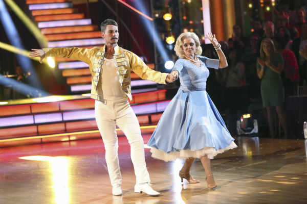 "<div class=""meta ""><span class=""caption-text "">Valerie Harper and Tristan MacManus dance the Cha Cha Cha on week three of 'Dancing With The Stars' on Sept. 30, 2013. They received 16 out of 30 points from the judges. (ABC Photo / Adam Taylor)</span></div>"