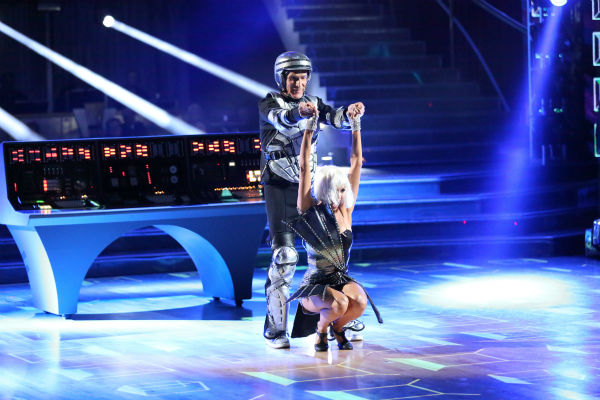 Bill Nye and Tyne Stecklein dance the Jazz on week three of &#39;Dancing With The Stars&#39; on Sept. 30, 2013. They received 16 out of 30 points from the judges. <span class=meta>(ABC Photo &#47; Adam Taylor)</span>