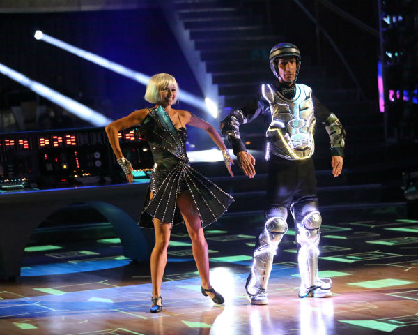 "<div class=""meta ""><span class=""caption-text "">Bill Nye and Tyne Stecklein dance the Jazz on week three of 'Dancing With The Stars' on Sept. 30, 2013. They received 16 out of 30 points from the judges. (ABC Photo / Adam Taylor)</span></div>"