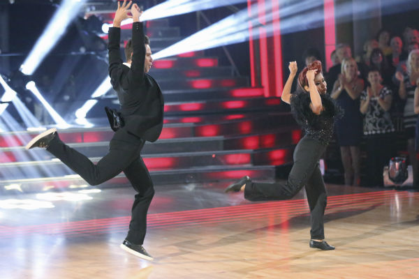 Nicole &#39;Snooki&#39; Polizzi and Sasha Farber dance the Jazz on week five of &#39;Dancing With The Stars&#39; on Oct. 14, 2013. They received 27 out of 30 points from the judges. <span class=meta>(ABC Photo &#47; Adam Taylor)</span>