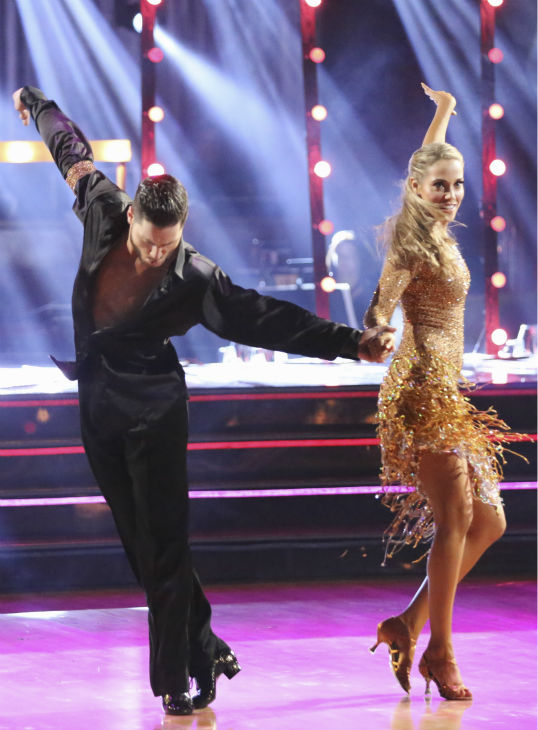 Elizabeth Berkley and Val Chmerkovskiy dance the Cha Cha Cha on week six of &#39;Dancing With The Stars&#39; on Oct. 21, 2013. They received 30 out of 30 points from the judges. The two received 2 out of 4 extra points from the &#39;Switch-Up Challenge.&#39; <span class=meta>(ABC &#47; Adam Taylor)</span>