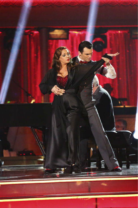 "<div class=""meta image-caption""><div class=""origin-logo origin-image ""><span></span></div><span class=""caption-text"">Leah Remini and Tony Dovolani dance the Quickstep on week six of 'Dancing With The Stars' on Oct. 21, 2013. They received 27 out of 30 points from the judges. The two received 1 out of 4 extra points from the 'Switch-Up Challenge.' (ABC / Adam Taylor)</span></div>"