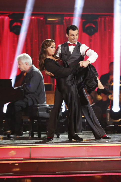 "<div class=""meta ""><span class=""caption-text "">Leah Remini and Tony Dovolani dance the Quickstep on week six of 'Dancing With The Stars' on Oct. 21, 2013. They received 27 out of 30 points from the judges. The two received 1 out of 4 extra points from the 'Switch-Up Challenge.' (ABC / Adam Taylor)</span></div>"