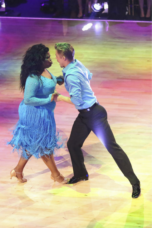 "<div class=""meta image-caption""><div class=""origin-logo origin-image ""><span></span></div><span class=""caption-text"">Amber Riley and Derek Hough, Elizabeth Berkley dance during the 'Switch-Up Challenge' on Oct. 21, 2013. They received received 4 out of 4 extra points for it and earlier, they were given 28 out of 30 points from the judges for their Samba. (ABC / Adam Taylor)</span></div>"