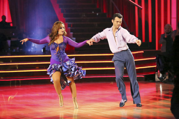 "<div class=""meta image-caption""><div class=""origin-logo origin-image ""><span></span></div><span class=""caption-text"">Leah Remini and Tony Dovolani dance the Salsa on week seven of 'Dancing With The Stars' on Oct. 28, 2013. They received 26 out of 30 points from the judges. The two received 27 out of 30 extra points from the team dance. (ABC Photo / Adam Taylor)</span></div>"