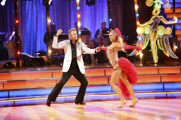 Bill Engvall and Emma Slater dance the Quickstep on week seven of &#39;Dancing With The Stars&#39; on Oct. 28, 2013. They received 23 out of 30 points from the judges. The two received 27 out of 30 extra points from the team dance. <span class=meta>(ABC Photo &#47; Adam Taylor)</span>