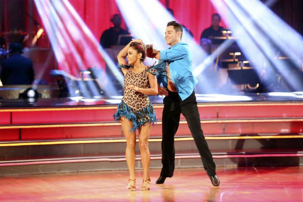 "<div class=""meta image-caption""><div class=""origin-logo origin-image ""><span></span></div><span class=""caption-text"">Nicole 'Snooki' Polizzi and Sasha Farber dance the Samba on week seven of 'Dancing With The Stars' on Oct. 28, 2013. They received 28 out of 30 points from the judges. The two received 27 out of 30 extra points from the team dance. (ABC Photo / Adam Taylor)</span></div>"