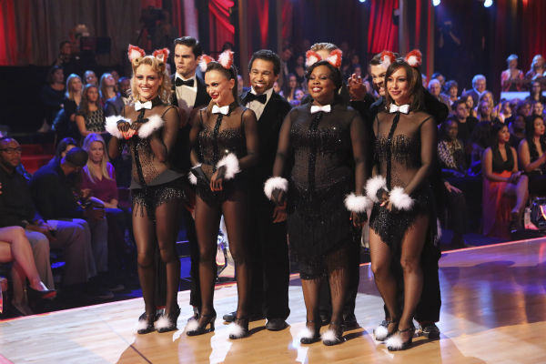 Corbin Bleu, Brant Daugherty, Jack Osbourne and Amber Riley danced freestyle in a group to &#39;The Fox &#40;What Does the Fox Say?&#41;&#39; on &#39;Dancing With The Stars&#39; on Oct. 28, 2013. <span class=meta>(ABC Photo &#47; Adam Taylor)</span>
