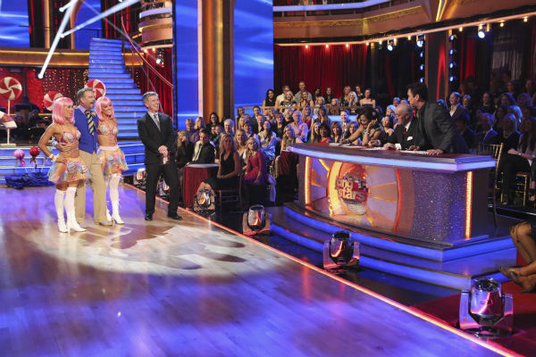 "<div class=""meta image-caption""><div class=""origin-logo origin-image ""><span></span></div><span class=""caption-text"">Bill Engvall and Emma Slater danced the Salsa with Peta Murgatroyd and received 21 out of 30 during the trio round on week nine of 'Dancing With The Stars' on Nov. 11, 2013. Earlier in the episode the two received 21 out of 30 for their Charleston. (ABC Photo / Adam Taylor)</span></div>"