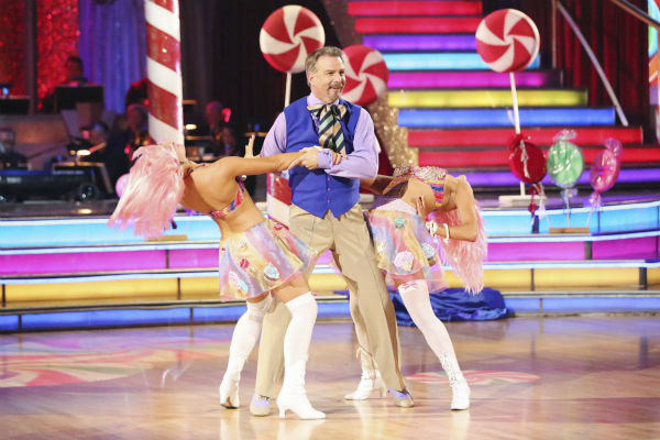 "<div class=""meta image-caption""><div class=""origin-logo origin-image ""><span></span></div><span class=""caption-text"">Bill Engvall and Emma Slater dance the Salsa with Peta Murgatroyd and received 21 out of 30 during the trio round on week nine of 'Dancing With The Stars' on Nov. 11, 2013. Earlier in the episode the two received 21 out of 30 for their Charleston. (ABC Photo / Adam Taylor)</span></div>"