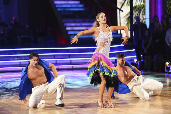 "<div class=""meta ""><span class=""caption-text "">Elizabeth Berkley and Val Chmerkovskiy dance the Salsa with Gleb Savchenko and received 30 out of 30 during the trio round on week nine of 'Dancing With The Stars' on Nov. 11, 2013. They received 25 out of 30 points from the judges.  Earlier in the episode the two received 26 out of 30 for their Viennese Waltz. (ABC Photo / Adam Taylor)</span></div>"