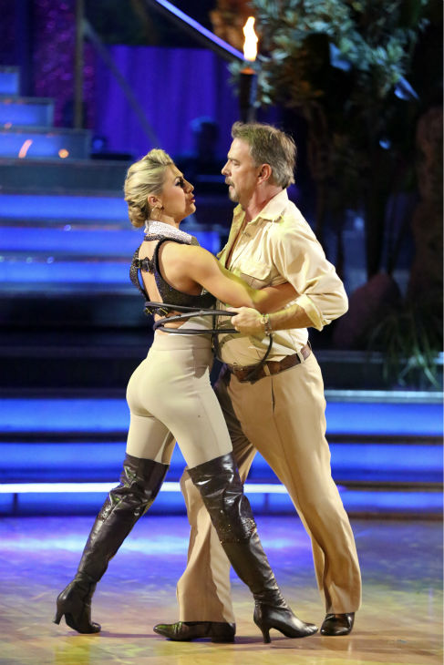 "<div class=""meta ""><span class=""caption-text "">Bill Engvall and Emma Slater dance their Freestyle on week 11 of 'Dancing With The Stars' on Nov. 25, 2013. They received 25 out of 30 points from the judges. The two scored a total of 51 out of 65 points for the night.  (ABC Photo / Adam Taylor)</span></div>"