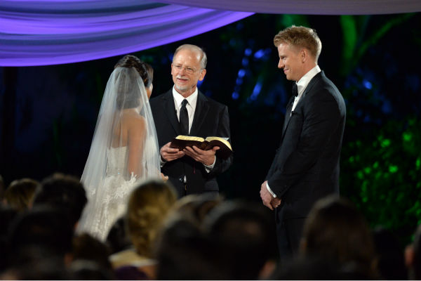 "<div class=""meta ""><span class=""caption-text "">'The Bachelor' season 17 star Sean Lowe and Catherine Giudici appear at their wedding, officiated by Lowe's father Jay, an ordained minister, at the Four Seasons Biltmore hotel in Santa Barbara, California. The event aired live on TV as part of ABC's 'The Bachelor: Sean and Catherine's Wedding' special on Jan. 26, 2014. Giudici is wearing a Monique Lhuillier wedding gown. (ABC Photo / Todd Wawrychuk)</span></div>"