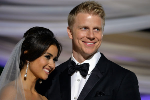 "<div class=""meta ""><span class=""caption-text "">'The Bachelor' season 17 star Sean Lowe and Catherine Giudici appear at their wedding at the Four Seasons Biltmore hotel in Santa Barbara, California, live on TV as part of ABC's 'The Bachelor: Sean and Catherine's Wedding' special on Jan. 26, 2014. (ABC Photo / Todd Wawrychuk)</span></div>"