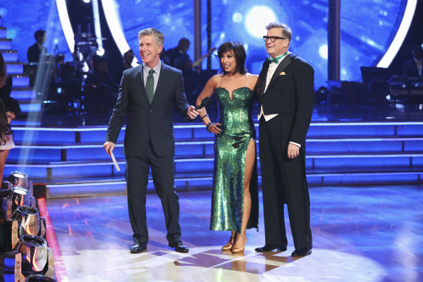 "<div class=""meta ""><span class=""caption-text "">Drew Carey and Cheryl Burke danced the Foxtrot on week 1 of ABC's 'Dancing With The Stars' on March 17, 2014. They received 21 out of 30 points from the judges. (ABC Photo / Adam Taylor)</span></div>"