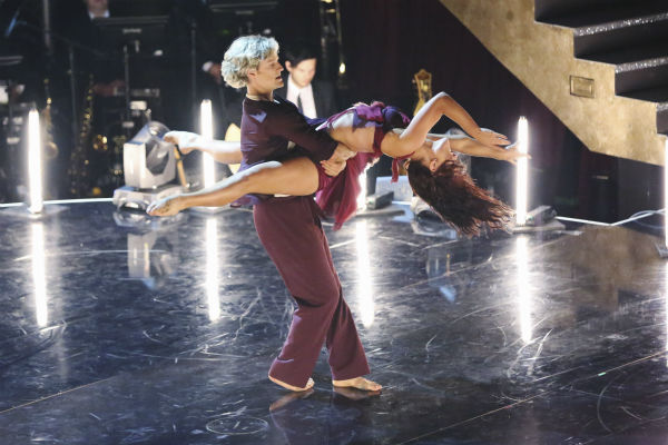 Charlie White, who won an Olympic gold medal for ice dancing with Meryl Davis -- also a &#39;Dancing With The Stars&#39; contestant&#39; -- and partner Sharna Burgess perform a Contemporary routine on week 1 of the ABC show on March 17, 2014. They received 27 out of 30 points from the judges. <span class=meta>(ABC Photo &#47; Adam Taylor)</span>