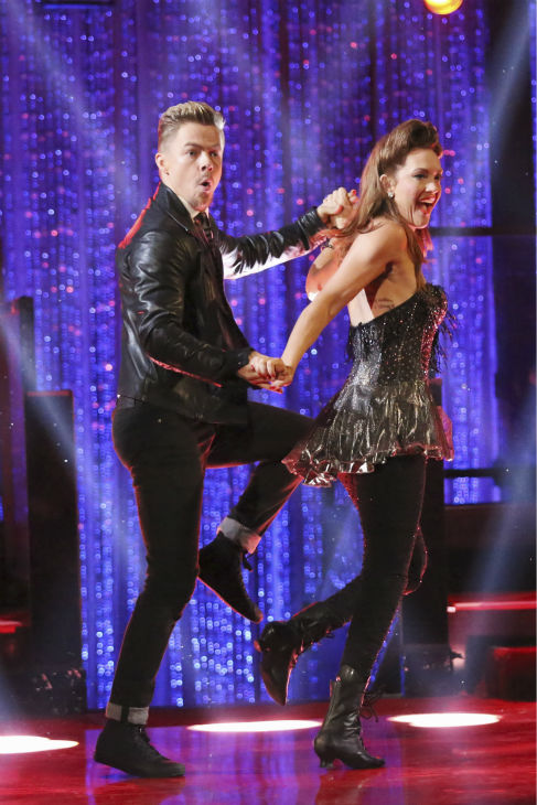 "<div class=""meta ""><span class=""caption-text "">Amy Purdy, a double amputee and U.S. Paralympic Team Snowboarder, and Derek Hough Swing dance on week 2 of 'Dancing With The Stars' on March 24, 2014. They received 24 out of 30 points from the judges. (ABC Photo / Adam Taylor)</span></div>"
