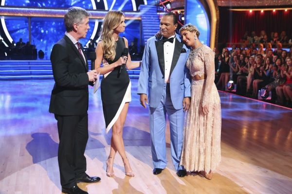 "<div class=""meta ""><span class=""caption-text "">Billy Dee Williams and Emma Slater talk about Williams exiting ABC's 'Dancing With The Stars' as a result of his chronic back pain, during week 3 on March 31, 2014. The two never danced their routine for the night. Also pictured: Co-hosts Tom Bergeron and Erin Andrews. (ABC Photo / Adam Taylor)</span></div>"
