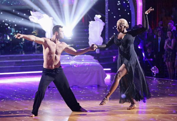 "<div class=""meta image-caption""><div class=""origin-logo origin-image ""><span></span></div><span class=""caption-text"">NeNe Leakes and Tony Dovolani dance the Rumba on week 3 of ABC's 'Dancing With The Stars' on March 31, 2014. They received 31 out of 40 points from the judges. (ABC Photo / Adam Taylor)</span></div>"