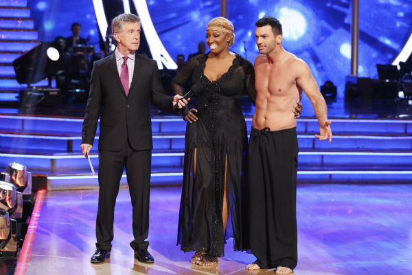 NeNe Leakes and Tony Dovolani await their fate on week 3 of ABC&#39;s &#39;Dancing With The Stars&#39; on March 31, 2014. They received 31 out of 40 points from the judges for their Rumba. Also pictured: Co-host Tom Bergeron. <span class=meta>(ABC Photo &#47; Adam Taylor)</span>