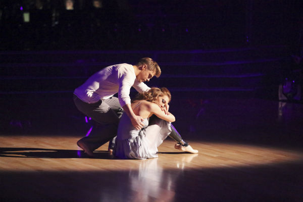 "<div class=""meta ""><span class=""caption-text "">Amy Purdy and Derek Hough dance a Contemporary routine on week 3 of ABC's 'Dancing With The Stars' on March 31, 2014. They received 36 out of 40 points from the judges. Purdy had dedicated the dance to her father, who had donated a kidney to her after she battled bacterial meningitis in 1999. The disease also caused her to lose part of her legs. (ABC Photo / Adam Taylor)</span></div>"