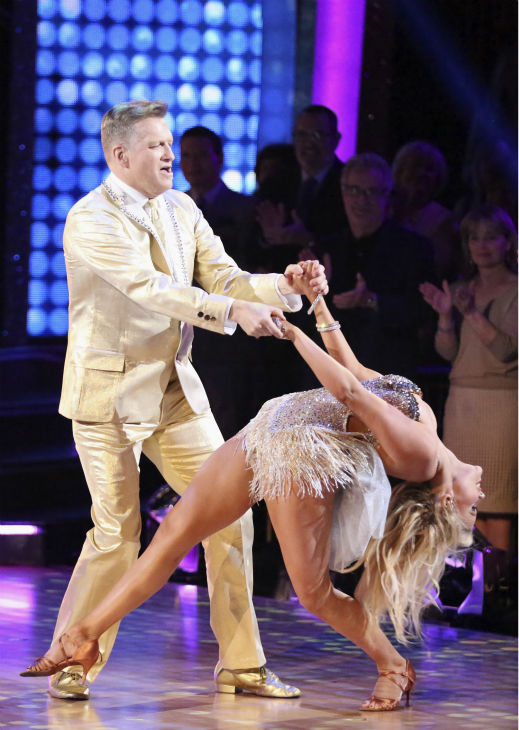 "<div class=""meta image-caption""><div class=""origin-logo origin-image ""><span></span></div><span class=""caption-text"">Drew Carey and Witney Carson dance the Cha Cha Cha on week 4 of ABC's 'Dancing With The Stars' on April 7, 2014. They received 33 out of 40 points from the judges. Carey's regular partner is Cheryl Burke. (ABC Photo / Adam Taylor)</span></div>"