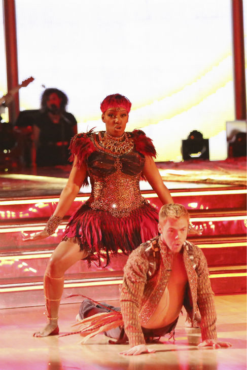 "<div class=""meta image-caption""><div class=""origin-logo origin-image ""><span></span></div><span class=""caption-text"">NeNe Leakes and Derek Hough perform a Jazz routine on week 4 of ABC's 'Dancing With The Stars' on April 7, 2014. They received 32 out of 40 points from the judges. Leakes' regular partner is Tony Dovolani. (ABC Photo / Adam Taylor)</span></div>"