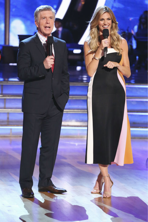 "<div class=""meta ""><span class=""caption-text "">Co-hosts Tom Bergeron and Erin Andrews appears on week 4 of ABC's 'Dancing With The Stars' season 18 on April 7, 2014. (ABC Photo / Adam Taylor)</span></div>"