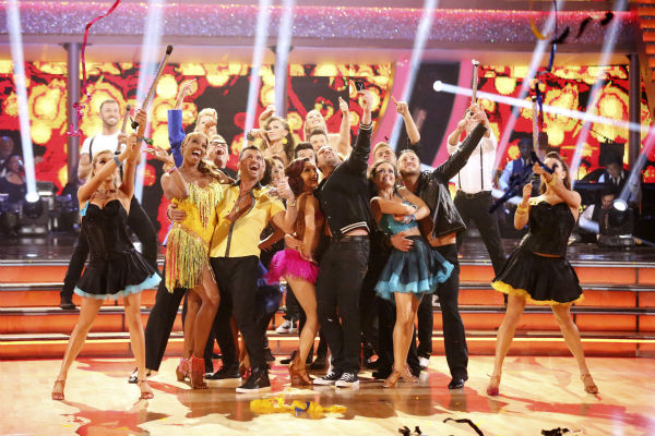 "<div class=""meta image-caption""><div class=""origin-logo origin-image ""><span></span></div><span class=""caption-text"">The cast of season 18 of 'Dancing With The Stars' appears on week 6 on April 21, 2014. (ABC Photo / Adam Taylor)</span></div>"