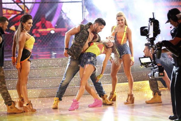 "<div class=""meta image-caption""><div class=""origin-logo origin-image ""><span></span></div><span class=""caption-text"">Danica McKellar and Valentin Chmerkovskiy dance the Salsa on week 7 of 'Dancing With The Stars' on April 28, 2014. They received 33 out of 40 points from the judges. The two also danced as part of team Loca and received 39 out of 40 points from the judges. Also pictured: Henry Byallikov, Lindsay Arnold, Artem Chigvintsev and Jenna Johnson. (ABC Photo / Adam Taylor)</span></div>"