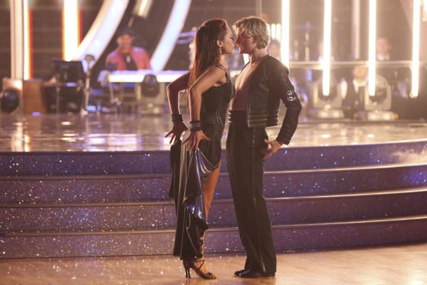 "<div class=""meta image-caption""><div class=""origin-logo origin-image ""><span></span></div><span class=""caption-text"">Charlie White and Sharna Burgess dance the Paso Doble on week 7 of 'Dancing With The Stars' on April 28, 2014. They received 36 out of 40 points from the judges. The two also danced as part of team Vida and the team received 35 out of 40 points from the judges. (ABC Photo / Adam Taylor)</span></div>"