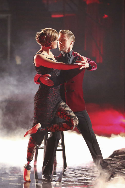 "<div class=""meta image-caption""><div class=""origin-logo origin-image ""><span></span></div><span class=""caption-text"">Amy Purdy and Derek Hough dance the Argentine Tango on week 8 of 'Dancing With The Stars' on May 5, 2014. They received 40 out of 40 points from the judges. She also scored 39 out of 40 points with James Maslow for their Jive during the celebrity dance duel. (ABC Photo / Adam Taylor)</span></div>"