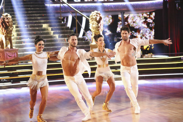 Meryl Davis and Maksim Chmerkovskiy dance the Samba with Danica McKellar and Valentin Chmerkovskiy during a celebrity dance duel on week 8 of &#39;Dancing With The Stars&#39; on May 5, 2014. They scored 34 out of 40 points. <span class=meta>(ABC Photo &#47; Adam Taylor)</span>
