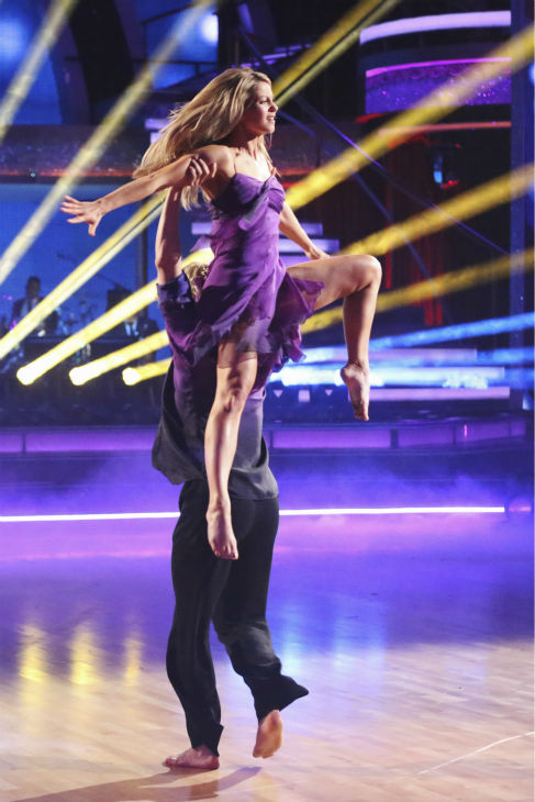 "<div class=""meta image-caption""><div class=""origin-logo origin-image ""><span></span></div><span class=""caption-text"">Candace Cameron Bure and Charlie White perform a celebrity dance duel routine on week 8 of 'Dancing With The Stars' on May 5, 2014. They scored 38 out of 40 points for their Contemporary routine. (ABC Photo / Adam Taylor)</span></div>"