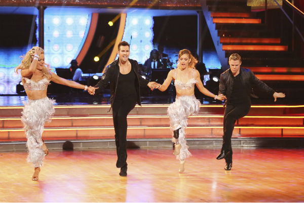 James Maslow and Peta Murgatroyd and Amy Purdy and Derek Hough appear during their celebrity dance duel routine on week 8 of &#39;Dancing With The Stars&#39; on May 5, 2014. They scored 39 out of 40 points for their Jive. <span class=meta>(ABC Photo &#47; Adam Taylor)</span>