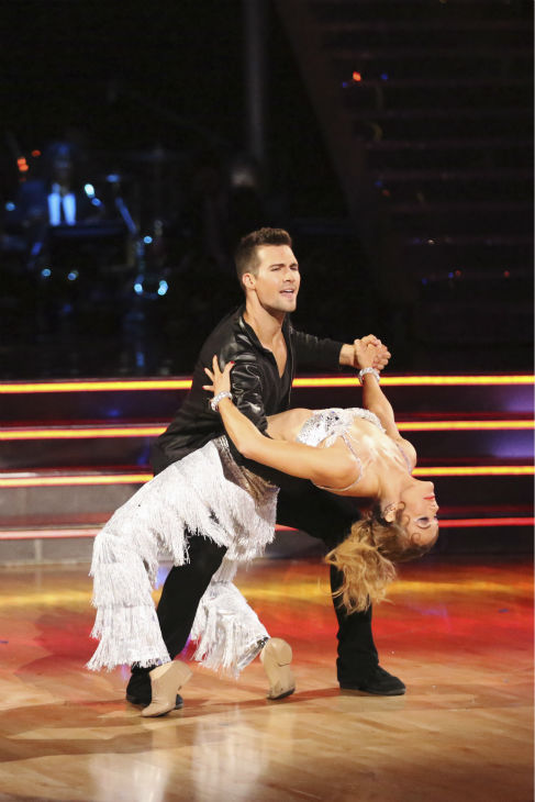 "<div class=""meta ""><span class=""caption-text "">James Maslow and Amy Purdy appear during their celebrity dance duel routine on week 8 of 'Dancing With The Stars' on May 5, 2014. They scored 39 out of 40 points for their Jive. (ABC Photo / Adam Taylor)</span></div>"