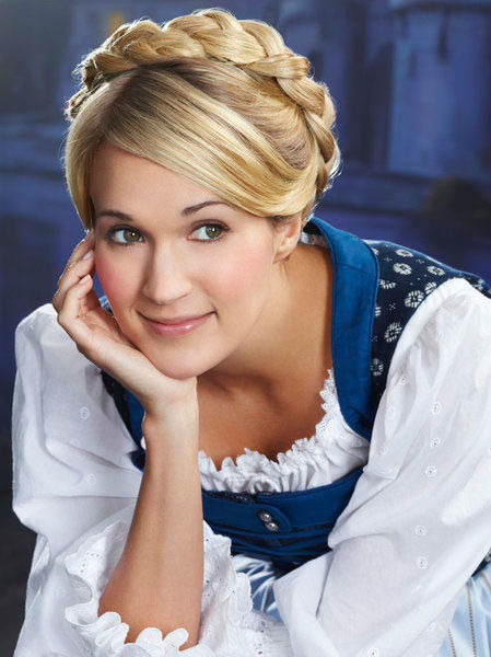 "<div class=""meta ""><span class=""caption-text "">Carrie Underwood appears in a photo from 'The Sound of Music Live!' rehearsal. The show airs on Dec. 5, 2013. (Nino Munoz/NBC)</span></div>"