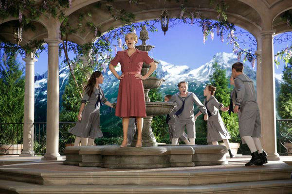 Ariane Rinehart as Liesl, Carrie Underwood as Maria, Joe West as Kurt, Sophia Anne-Caruso as Brigitta, and Michael Nigro as Friedrich appear in a photo from &#39;The Sound of Music Live!&#39; rehearsal. The show airs on Dec. 5, 2013. <span class=meta>(Paul Drinkwater&#47;NBC)</span>