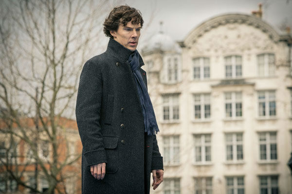 "<div class=""meta ""><span class=""caption-text "">Benedict Cumberbatch appears in a promotional photo for season 3 of 'Sherlock' set to air in the U.S. on Masterpiece on PBS starting on Jan. 19, 2014. (Robert Viglasky/Hartswood Films for MASTERPIECE)</span></div>"