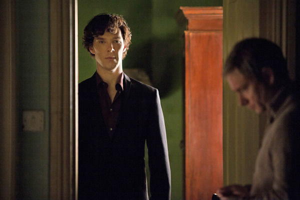 "<div class=""meta image-caption""><div class=""origin-logo origin-image ""><span></span></div><span class=""caption-text"">Benedict Cumberbatch and Martin Freeman appear in a promotional photo for season 3 of 'Sherlock' set to air in the U.S. on Masterpiece on PBS starting on Jan. 19, 2014. (Robert Viglasky/Hartswood Films for MASTERPIECE)</span></div>"