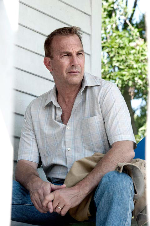 Kevin Costner as Jonathan Kent in Warner Bros. Pictures&#39; and Legendary Pictures&#39; action adventure &#39;Man of Steel,&#39; a Warner Bros. Pictures release. <span class=meta>(Clay Enos &#47; Warner Bros. Pictures)</span>
